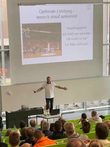 Leistungssportkongress im sportwissenschaftlichen Institut der Goethe-Universität Frankfurt