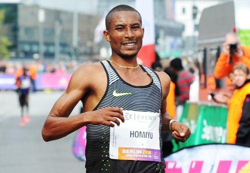 Homiyu Tesfaye setzt auf die 5.000 und 10.000 Meter - und auf Coach Wolfgang Heinig