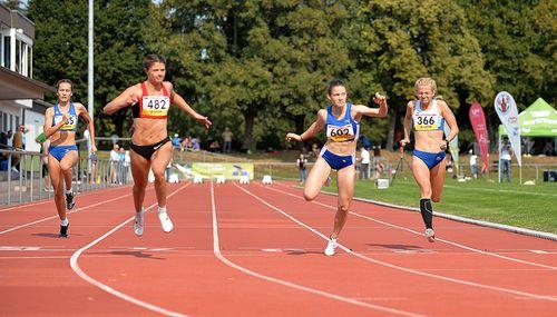 HM (Frauen) in Friedberg: Nadine Mercier holt Sprint-Krone und wird Zweite über 200 Meter - Svenja Clemens stürmt über 5000 Meter an die Spitze der deutschen Bestenliste der U20