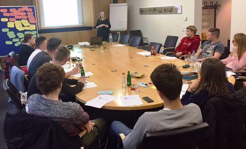 Ex-Hürdensprinterin Antonia Werner unterstützt HLV-Athleten beim Stressmanagement