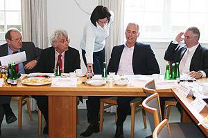 Deutsche Meisterschaften 2011 in Kassel<br>  Organisationskomitee beschließt familienfreundliche Preise