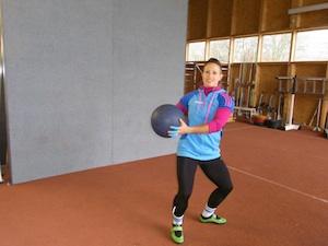 Neue Medizinball-Prellwand im Wurfhaus eingeweiht